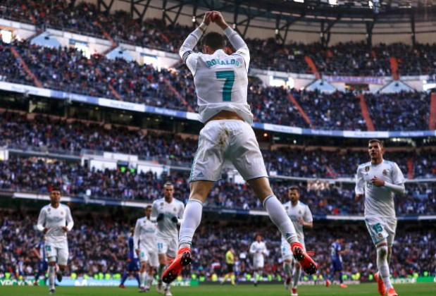 Ronaldo strikes twice as Real thump Alaves
