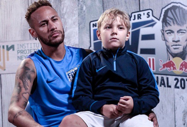 Neymar Reveals Which Player His Son Idolises          Neymar Reveals Which Player His Son Idolises   		                1 2 3 4 5 6 >     		 				by David Kappel